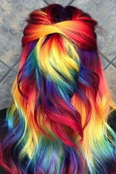 19 Fascinating Videos That Will Help You Understand Why Salon Colour Costs So Much - hair - Hair Designs Hair Dye Colors, Cool Hair Color, Rainbow Hair Colors, Rainbow Dyed Hair, Vivid Hair Color, Colorful Hair, Crazy Hair Colour, Amazing Hair Color, Rainbow Hair Highlights