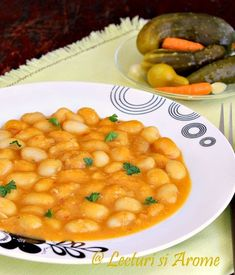 iahnie de fasole de post Romanian Food, Romanian Recipes, Cooking Recipes, Healthy Recipes, Chana Masala, Macaroni And Cheese, Healthy Eating, Yummy Food, Favorite Recipes