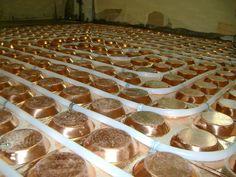 온돌 (Ondol) An ancient original form of heating with wood. (rocket mass heater forum at permies)