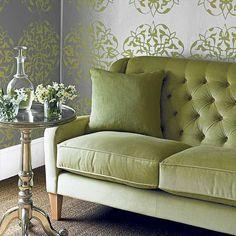 Grünes Sofa im Wohnzimmer Wohnideen Living Ideas Interiors Decoration