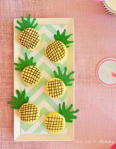 Party Decor Ideas : Tropical Party Theme with Pineapple Party Cookies Luau Party, Aloha Party, Flamingo Party, Tropical Party, Baby Shower, Macaron, Summer Parties, Party Planning, Party Time