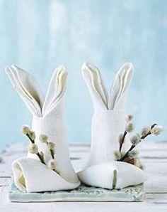 Bunny Napkins | 8 Awesome DIY Easter Decor Ideas