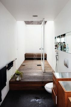 Open #showers are one of the hottest trends in #bathrooms because they create the feeling of more space, and can incorporate natural light to fill the whole room.