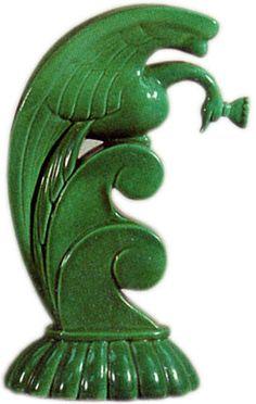 Cowan Art Pottery of the Art Deco Era Bird & Wave by Alexander Blazy, 1927 Ceramic Pottery, Pottery Art, Ceramic Animals, Art Deco Furniture, Art Deco Era, Modern Ceramics, Vintage Pottery, Vintage Art, Vintage Stuff
