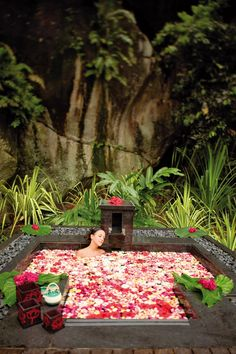 Exotic treatments at the Banyan Tree Spa are in keeping with the tropical locale.