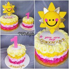 """You are my Sunshine"" birthday cake 1 Year Old Birthday Party, First Birthday Party Themes, Kids Party Themes, Birthday Cake Girls, First Birthday Cakes, Birthday Fun, Birthday Ideas, Sunshine Birthday Cakes, Sunshine Cake"