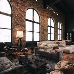 My kind of style #loft #loveit #interior #interiordesign #design #architect #space #penthouse #industrial #home #homedecor #homestyling #house #furniture #awesome #beautiful #life #live #living #enjoy #joy #happy #room #style #windows