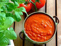 Qchenne-Inspiracje! FIT blog o zdrowym stylu życia i zdrowym odżywianiu. Kaloryczność potraw. : Przepisy FIT: sos z pieczonej papryki do wszechstr...