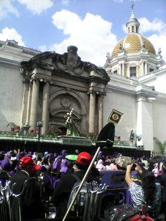 Semana Santa - Procesión Nazareno de La Merced (Viernes Santo 2014)