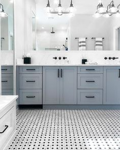 This Tilebar's Twine Highstrung Marble Tile is more luxurious, yet equally stylish.  Upstairs Bathrooms, Small Bathroom, Master Bathroom, Bathroom Ideas, Bathroom Interior Design, Home Interior, Design Bedroom, Master Bath Remodel, Remodel Bathroom