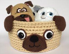 16 new ideas for crochet toys basket Crochet Home Decor, Crochet Crafts, Crochet Toys, Crochet Baby, Crochet Projects, Crochet Animals, Dog Toy Basket, Knit Basket, Crochet Basket Pattern