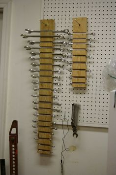 Intelligent workshop organization projects and ideas to make better use of your garage .club - Intelligent workshop organization Projects and ideas to make better use of your garage … - Garage Organization Tips, Diy Garage Storage, Garden Tool Storage, Workshop Organization, Shed Storage, Storage Ideas, Storage Solutions, Wall Storage, Organizing Ideas