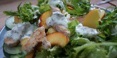 Dieser Nektarinen-Rucola Salat mit Putenstreifen ist so lecker, da kann man nicht genug von bekommen. Weitere Salat Rezepte findet ihr auf meinem Kanal.