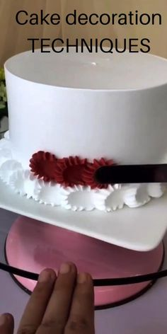 Cake Decorating Frosting, Cake Decorating Designs, Cake Decorating For Beginners, Creative Cake Decorating, Cake Decorating Videos, Birthday Cake Decorating, Cake Decorating Techniques, Cookie Decorating, Cake Designs For Birthday