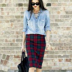 Jeans + Xadrez = Possibilidades que só funcionam quando a gente prática novas combinações.  #cabidecriativo #seuestilosuaidentidade