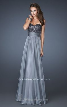 Shop La Femme evening gowns and prom dresses at Simply Dresses. Designer prom gowns, celebrity dresses, graduation and homecoming party dresses. Cheap Party Dresses, Prom Dress Stores, Bridesmaid Dress Styles, A Line Prom Dresses, Prom Dresses Online, Strapless Dress Formal, Evening Dresses, Formal Dresses, Dress Prom