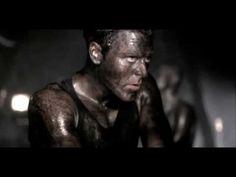 """Offizielles Musik-Video für die Single """"Sonne""""    """"Dieses Lied sollte einmal die Hymne des Boxers Wladimir Klitschko werden. Es entstand nur deshalb, weil es eine entsprechende Anfrage an Rammstein gab. Das Ergebnis war Klitschkos Management jedoch zu """"hart und wurde nicht als Hymne eingesetzt.    Der Videoclip greift ein beliebtes Motiv der Brü..."""