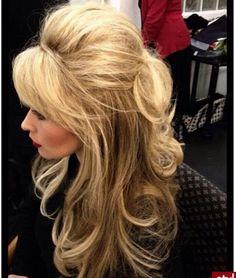 wedding hair with fringe Big, poofy hair Vintage Hairstyles, Pretty Hairstyles, Wedding Hairstyles, 60s Hairstyles, Southern Hairstyles, Thick Hairstyles, Pelo Retro, Poofy Hair, Big Hair Updo