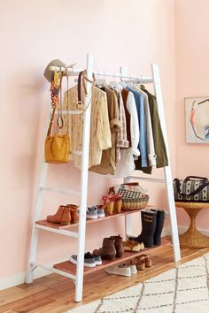 DIY: garment rack