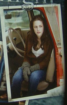bella - twilight Twilight 2008, Twilight New Moon, Twilight Series, Twilight Movie, Bella Cullen, Edward Bella, Aquaman, Twilight Outfits, Twilight Pictures