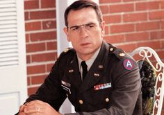 Tommy Lee Jones, Us Army, Movie Tv, How To Memorize Things, Polo Ralph Lauren, Explosions, Actors, Destruction, Engineer
