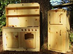 Wooden kitchen - made in Oregon