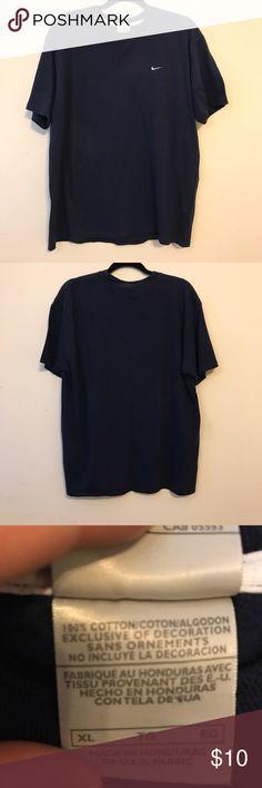 Men's Nike Short Sleeve Shirt ⭐️❗️20% OFF bundles of 3+ items❗️⭐️ Nike Shirts Tees - Short Sleeve