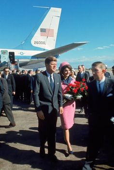 Not published in LIFE. John and Jackie Kennedy at Love Field in Dallas, Texas, on November 22, 1963