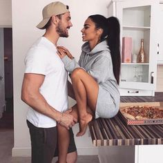 Image de couple, love, and Relationship Interracial Couples, Biracial Couples, Couple Goals, Cute Couples Goals, Photo Couple, Love Couple, Cute Relationship Goals, Cute Relationships, Relationship Questions