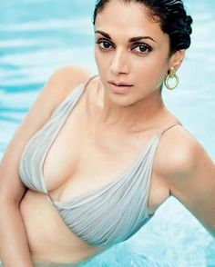 Image may contain: one or more people Aditi Rao Hydari Photographs NATIONAL DOCTOR DAY - 1 JULY PHOTO GALLERY  | IMAGES.JANSATTA.COM  #EDUCRATSWEB 2020-07-01 images.jansatta.com https://images.jansatta.com/2020/07/58180Doctor-image.jpg
