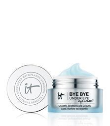 Discover IT Cosmetics' Bye Bye Under Eye Eye Cream. Our eye cream brightens the under eye area to make you look well rested. Say bye bye to tired eyes! It Cosmetics, Face Care Routine, Skin Care Routine For 20s, Homemade Eye Cream, Homemade Skin Care, Homemade Facials, Homemade Blush, Homemade Moisturizer, Homemade Beauty