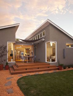 Klopf Architecture Modern Ranch House Addition / Remodel modern exterior