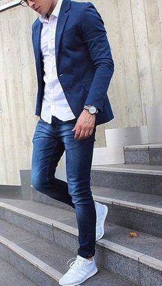 50 Ideas De Moda Con Jeans Para Hombres – Aufloria 50 Fashion Ideas With Jeans For Men - Aufloria Blazer Outfits Casual, Smart Casual Outfit, Stylish Mens Outfits, Business Casual Outfits, Blazers For Men Casual, Outfits Hombre, Stylish Clothes For Men, Blue Blazer Outfit Men, Best Casual Wear For Men