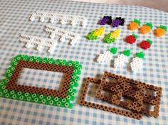 Dollhouse garden made of perler beads Hamma Beads 3d, Peler Beads, Fuse Beads, Diy Perler Beads, Perler Bead Art, Pearler Bead Patterns, Perler Patterns, Iron Beads, Melting Beads