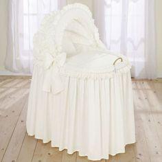 Leipold Noblesse Full Length Hood Crib in Beige