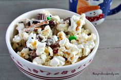Melted Snowman Popcorn Recipe for Winter