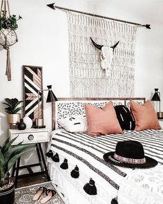 Western Bedroom Decor, Western Rooms, Bohemian Bedroom Decor, Bohemian Style Bedrooms, Boho Room, Home Decor Bedroom, Bedroom Ideas, Diy Bedroom, Single Girl Apartment