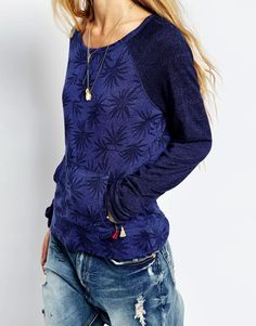 niCe. Rip Curl Oasis Palm Lounge Top
