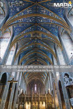"""#FraseDelDía """"La arquitectura es arte en su sentido más elevado"""" -Catedral de Santa Cecilia @Ashley Burguiere (Basil) #Francia estilo gótico, pinturas que representan el juicio final, pintado al temple, recubierta con el azul real, es decir azul de Francia."""