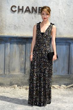 Rose Byrne attends the Chanel show as part of Paris Fashion Week Haute-Couture Fall/Winter 2013-2014 at Grand Palais on July 2, 2013 in Paris, France.