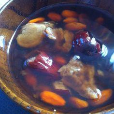 腰を暖める、ナツメ茶のくず湯 冷え性や二日目のあの日に、腰がポカポカの漢方くず湯です。朝のお出かけ前にも。ナツメ・クコなどは中国食材屋さんにあります。 #薬膳 #葛湯