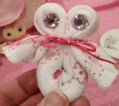 DIY owl baby washcloth for shower.