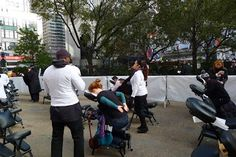 As part of the launch,  free mini massages were being offered right in front of Macy's. #DRExcedrin
