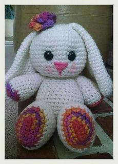 This is a pattern for an amigurumi bunny that is worked in separate pieces and then stuffed and sewn together. This pattern is rated Easy/Beginner. Crochet Baby Toys, Easy Crochet Animals, Easter Crochet, Cute Crochet, Crochet Dolls, Crochet For Kids, Crochet Crafts, Knit Crochet, Amigurumi Patterns