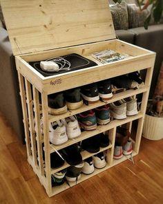 Brilliant DIY Shoe Storage Ideas For Best Home Organization 55 Wood Shoe Rack, Diy Shoe Rack, Shoe Racks, Shoe Rack Pallet, Make A Shoe Rack Out Of Pallets, Shoe Storage With Pallets, Build A Shoe Rack, Wooden Rack, Diy Storage Rack