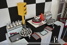 Cute cars party dessert table #desserttable #cars
