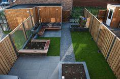 KernGroen heeft de wensen van de opdrachtgever goed kunnen vertalen naar een modern tuinontwerp. Ook de uitvoering van de moderne tuin is door ons verzorgd.