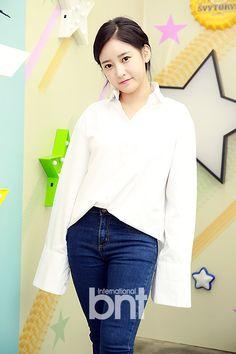 Explore Korea's Fashion and Beauty with T-ara's SoYeon ~ T-ara World ~ 티아라
