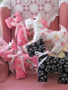 Crafts a la mode : Scottie Dog Pillows