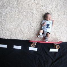 Una mamá crea escenas fantasticas con su bebe  Stephanie Er fotografia a su bebé Chi Ara en decorados adorables e imaginativos escenarios utilizando objetos cotidianos y juguetes.